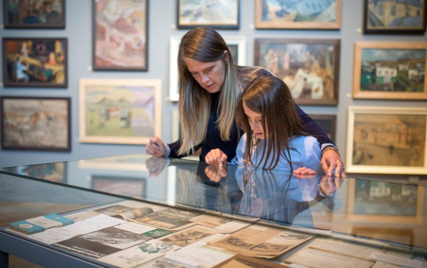 Museums Northumberland Woodhorn Ashington Group Gallery Family-2018