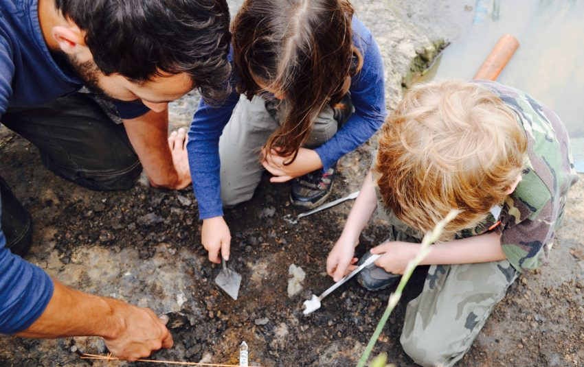 Young Archaeologists' Club – Reconstruct an Iron Age Hill Fort